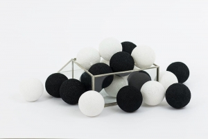 Zestaw lampek Cotton Balls Black and White